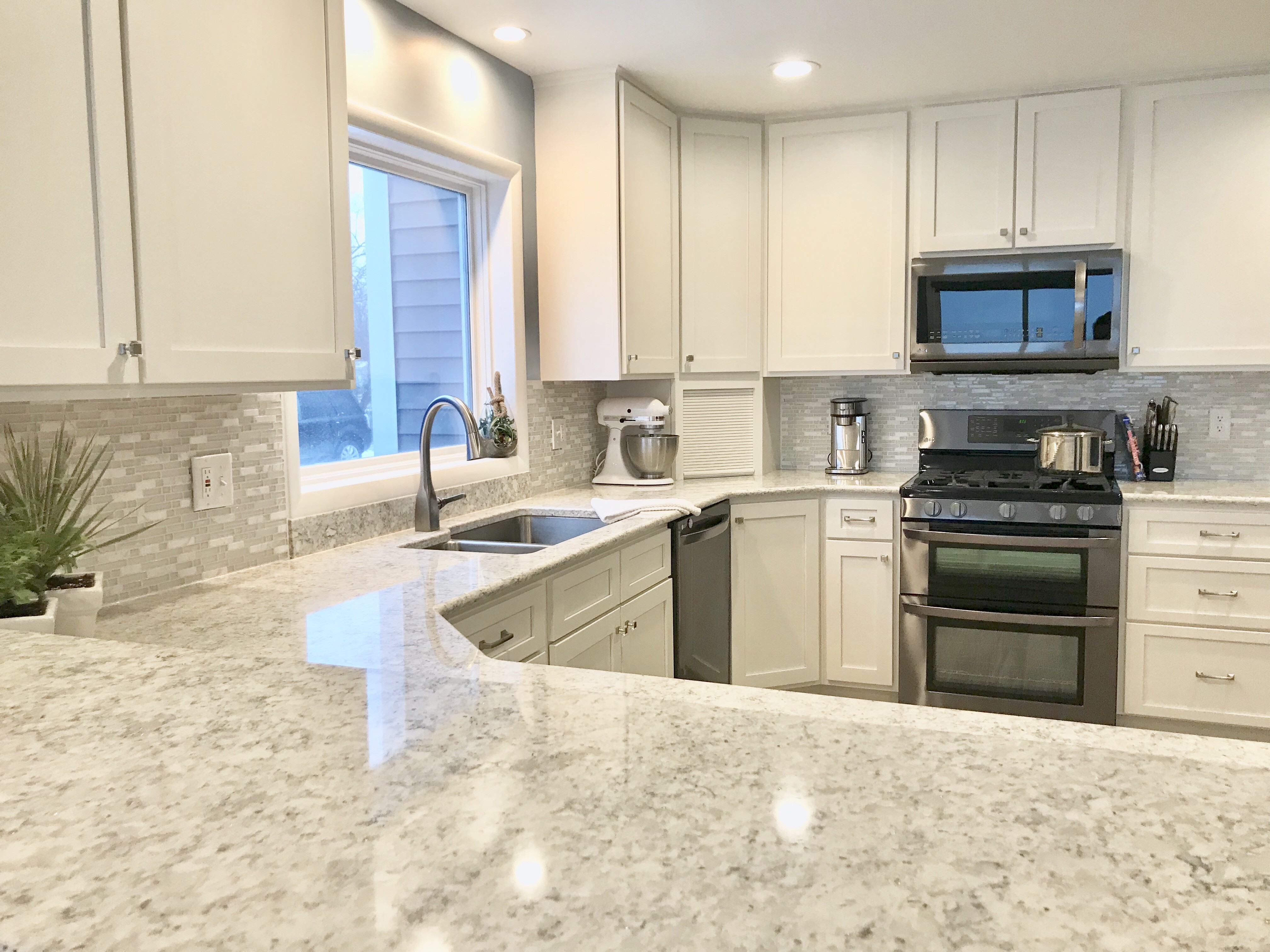 Tallahassee Kitchen & Bath Remodeling Team - best countertops, bathrooms, renovations, custom cabinets, home additions- 91-We do kitchen & bath remodeling, home renovations, custom lighting, custom cabinet installation, cabinet refacing and refinishing, outdoor kitchens, commercial kitchen, countertops, and more